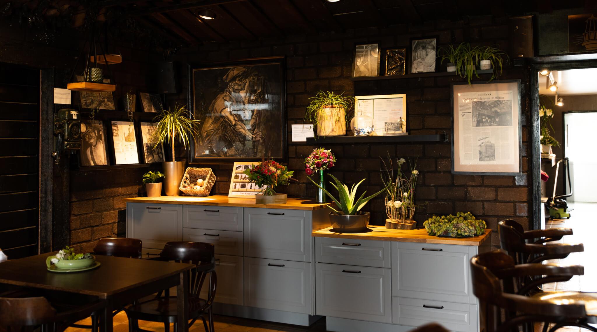 Flowers in Aalsmeer: Boerma Instituut Aalsmeer