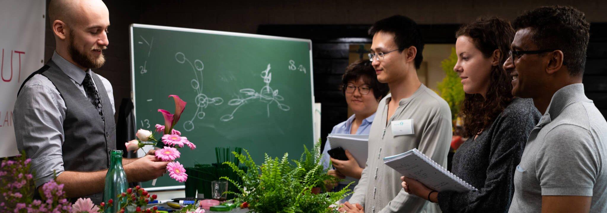 Bloemen in Aalsmeer: Boerma Instituut Aalsmeer