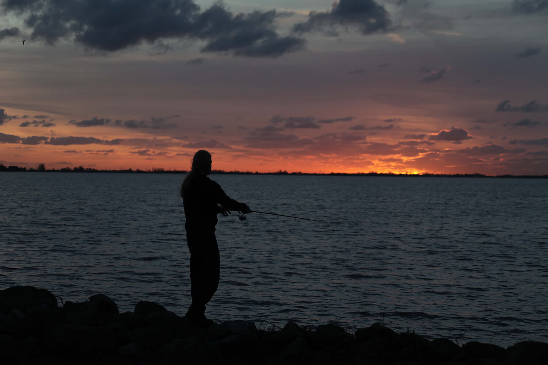 Fishing sunset Aalsmeer